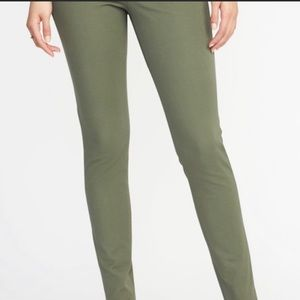 Mid-Rise Pixie Ankle Pants for Women NWT